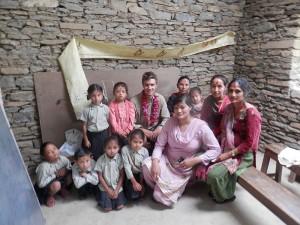 Nepal: Superaardverschuiving raakt de Maya Anne Friendship school diep maar ze laten zich niet stoppen