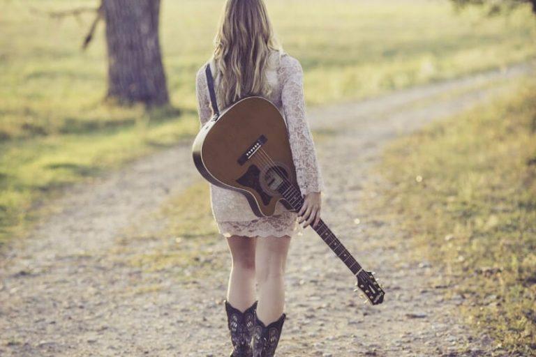 Muzikant Julia deelt over haar resultaat uit het Landmark Forum